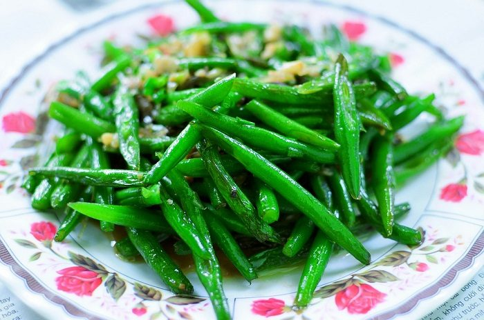 Green Beans with Butter and Herbs recipe