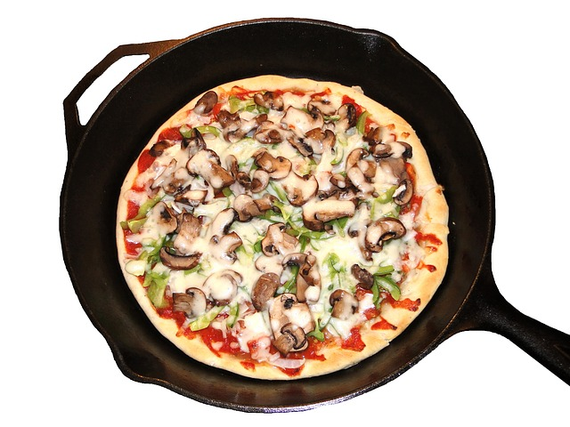 Deep Dish Pizza Recipe for Pizza Lovers