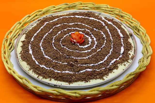 Sweet Dessert Pizza Recipe Make You Feel the Taste of Home