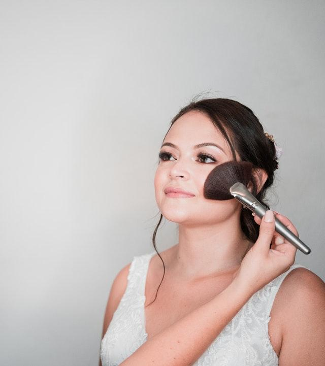 Quick make-up tips for brides